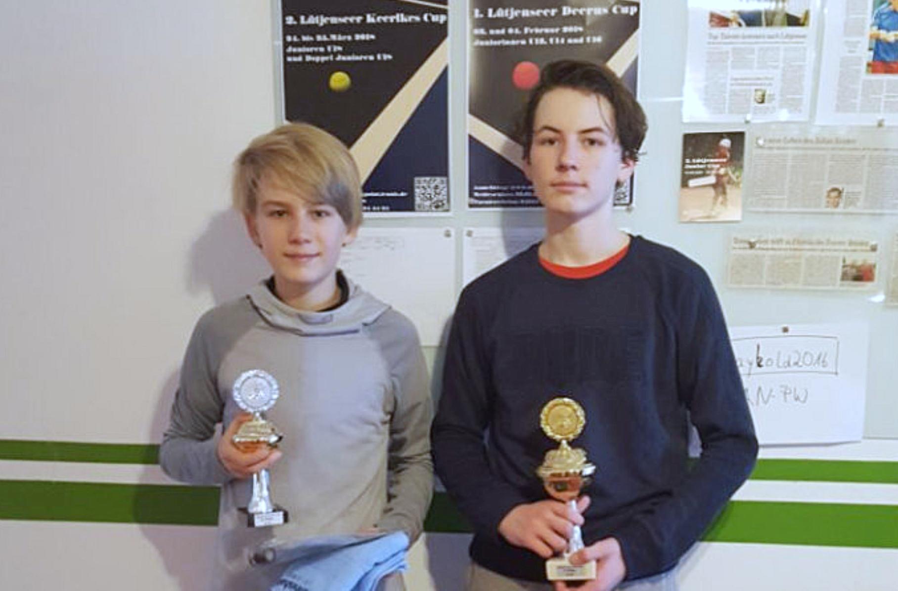 Simon Luigs ( Turn- u. Sportverein Glinde von 1930), Niklas Korzekwa ( Lawn Tennis Club Elmshorn)