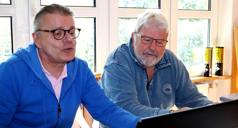 Michael Schiederig und Werner Schulz (Turnierleitung LTCE LK-Turnier)
