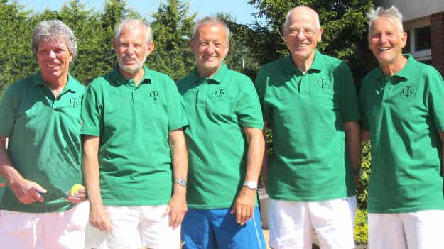 LTCE-Tennisoldies schaffen Aufstieg
