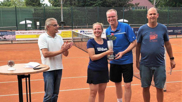 v.l.: Michael Schiederig, Nina Wamberg, Lars Eggers, Ben Delhey