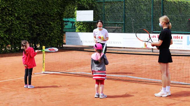 """""""Deutschland spielt Tennis"""" beim LTCE"""